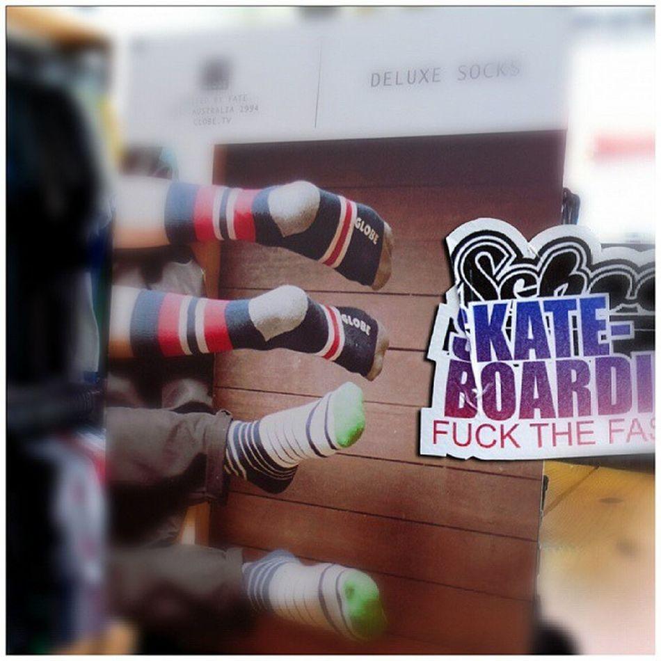 Globe United by Fate Globe Unitedbyfate Meia Canoalto novidade variedade schoolstore school store core lifestyle urbanwear skateshop boardshop siga followme follow me