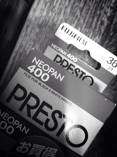 Monochrome Black & White Neopan400 Last