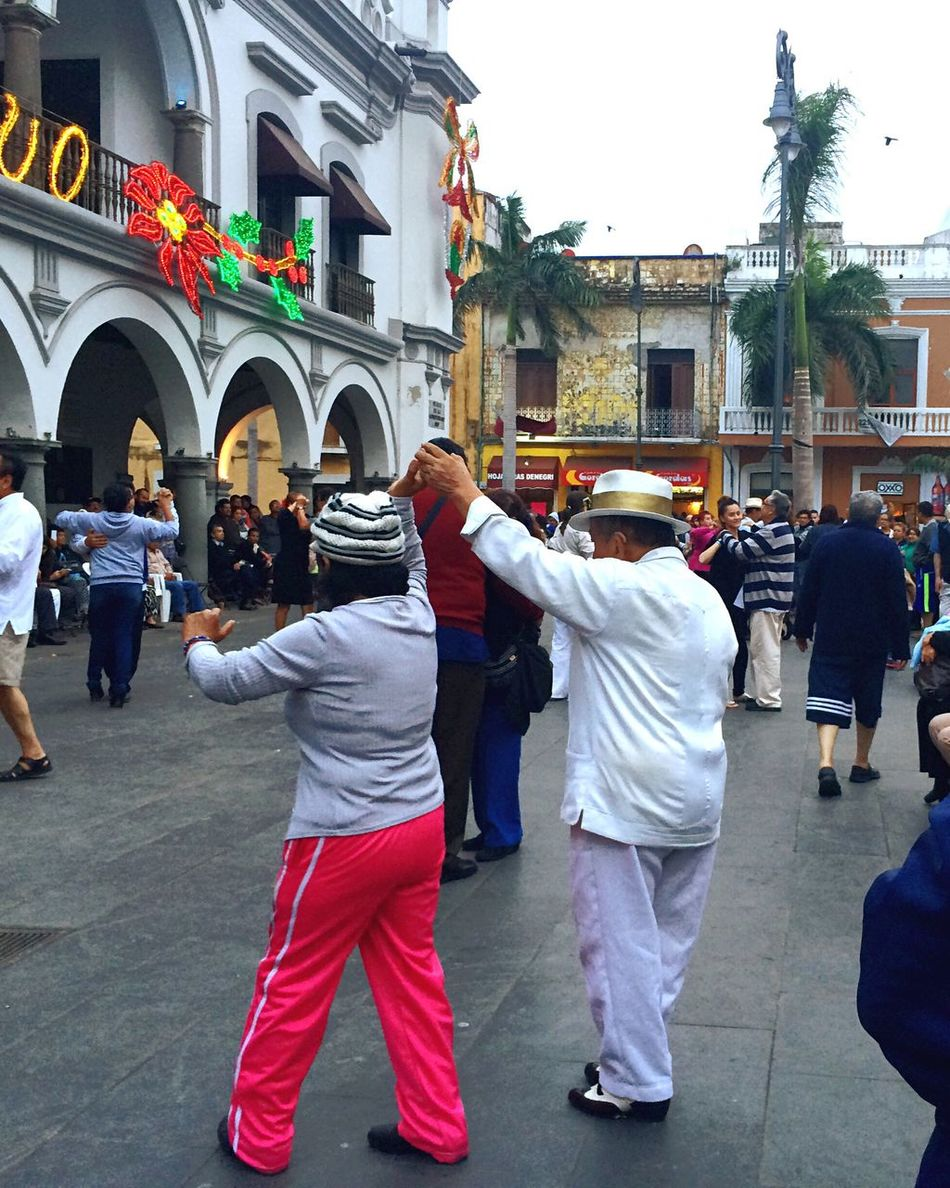 Danzon Danzon En Veracruz Dance Street Dance Streetphotography Street Dancers Dancing Dancing Around The World Veracruz