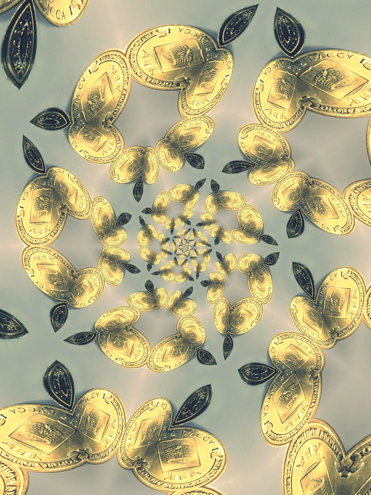 Россыпь монет...Калейдоскоп.Психоделика. Gold Colored Abstract артфото финансы Adapted To The City