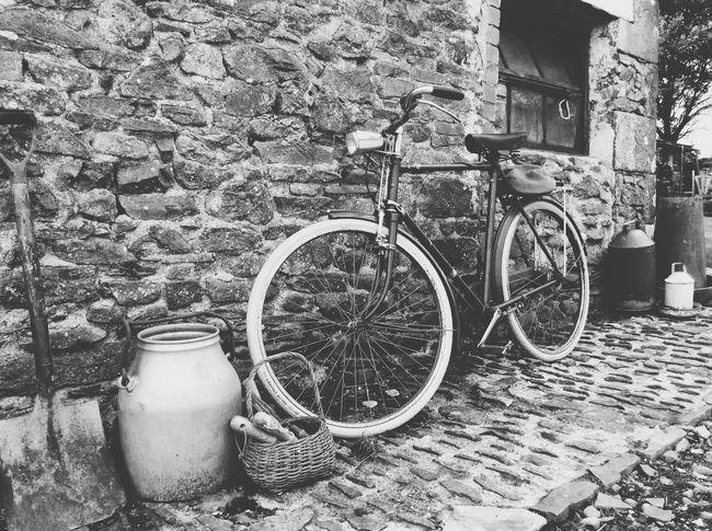Retro Oldbike Rural Scene