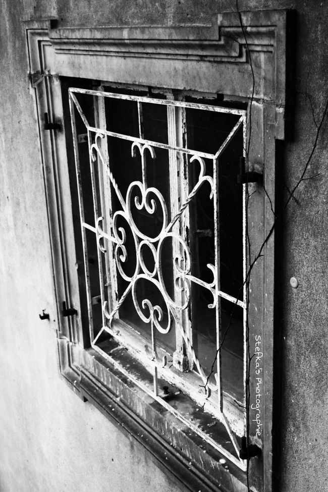 Windowlovers Urbanexploration Urbanexplorer Taking Photos Check This Out Lostplaces Urbexjunkies Urbexworld Urbex Lostplace