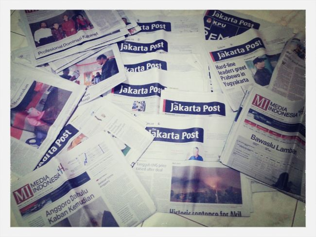 Let's cultivate reading newspapers. I'm starting to read and so far so good. Full of information never makes u dissapointing Jakartapost Mediaindonesia Kompas First Eyeem Photo