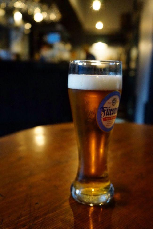 鎌倉・小町通りでクラフトビールが飲める店。アウトサイダー・ブルーイング・ビターラガー(山梨)