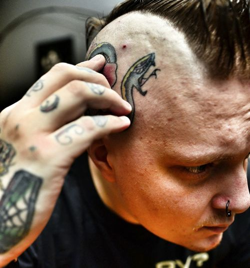 Tight. This is how I like my head done, close shave and a short mohawk. That is all. Mohawk Shave Barber Tattoo ❤