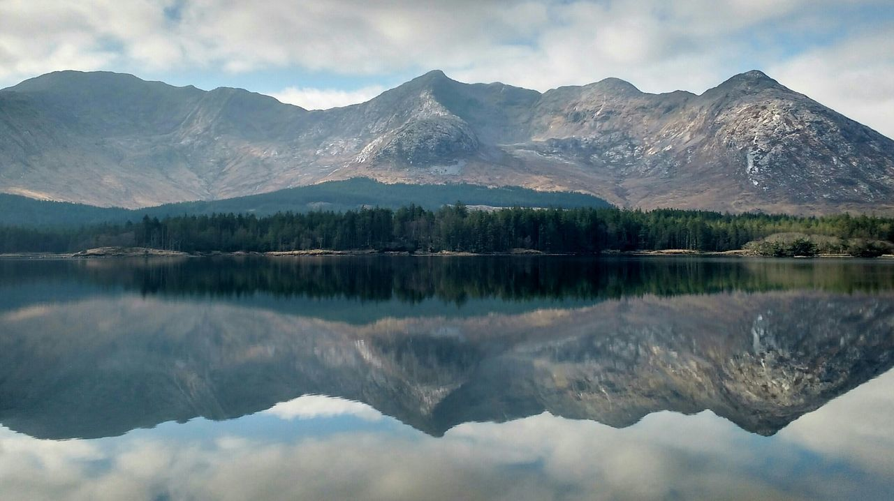 Connemara Ireland Discover Ireland Landscape Lakes  Lake View Les Lacs Du Connemara Natural Symmetry