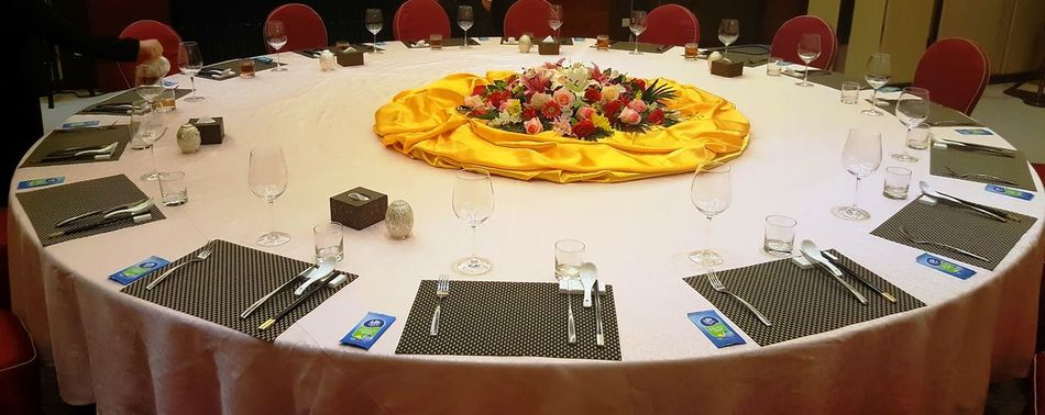 DINNER AT CAPITAL CLUB, DONGGUAN Annual Event Banquet Banquet Hall Round Table Table Arrangement