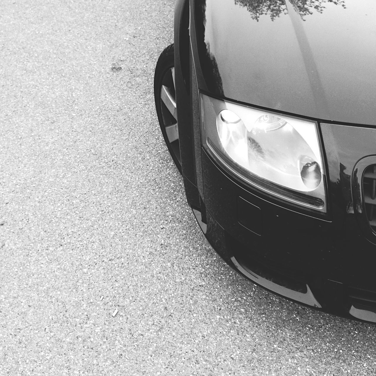 transportation, car, land vehicle, mode of transport, outdoors, day, stationary, no people, close-up