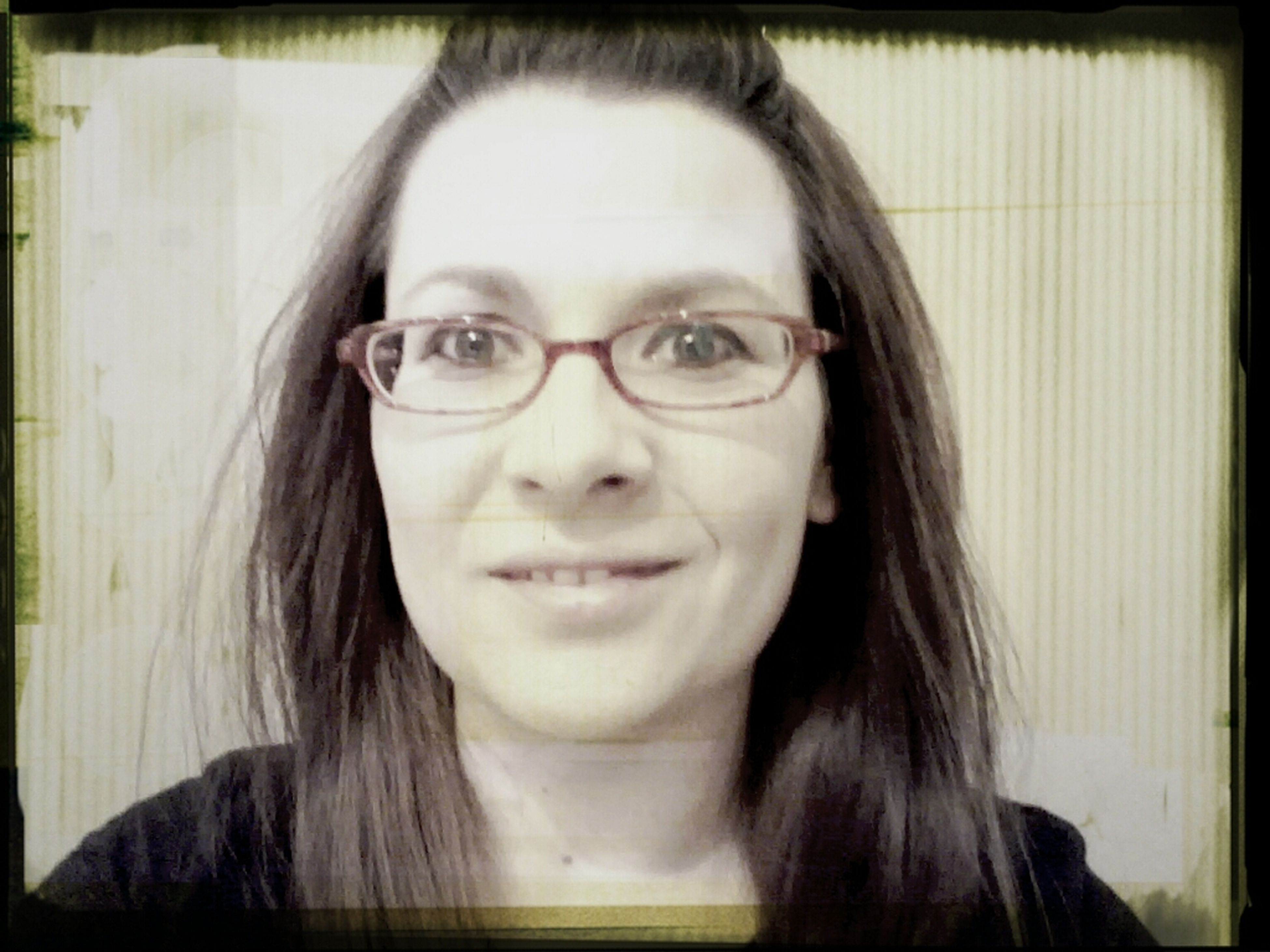 looking at camera, portrait, young adult, person, transfer print, headshot, lifestyles, front view, young women, leisure activity, auto post production filter, indoors, head and shoulders, sunglasses, close-up, smiling, mid adult