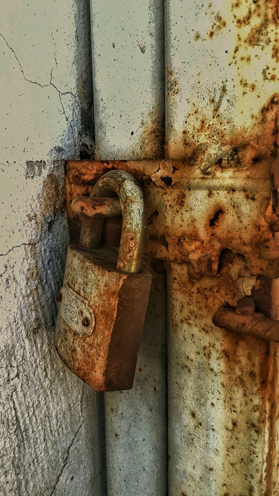 Lock Old Kilit Sperren Bloquer