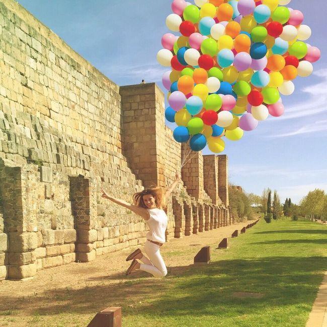 Balancing Act Ama, salta, grita y viste de color cada día!! EyeEmBestPics