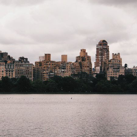 Tb to NYC ☁ NYC Newyork Nycprimeshot urban lake vscofolk folk clouds architecture