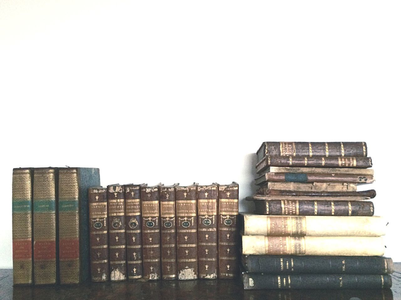Everything In Its Place Books Ancient Books XV Century Old Books Old Charm Brown And Gold Gold Details Piled Books Organization Decor Home Decor Unusual Decor Small Detail Vintage Decor Vintage Stylish Small Things Daily Inspiration