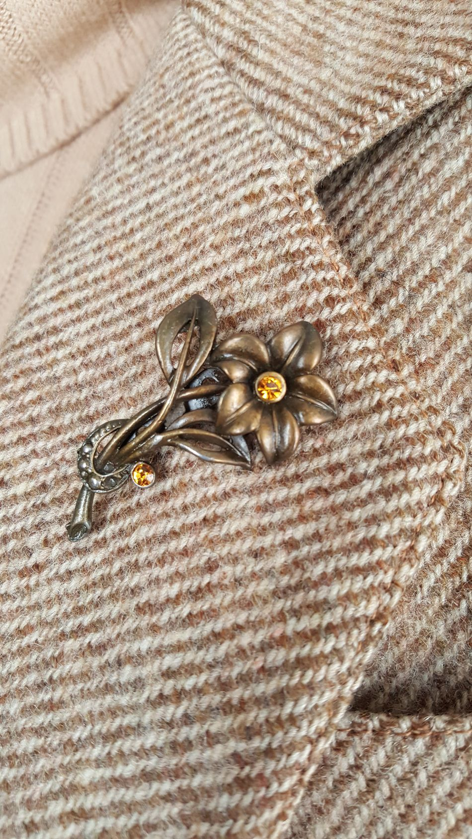 Brooch Pin Brooches Close-up Day Gold Gold Colored High Angle View Indoors  Jewelry Lapel Pin No People Pin Togetherness
