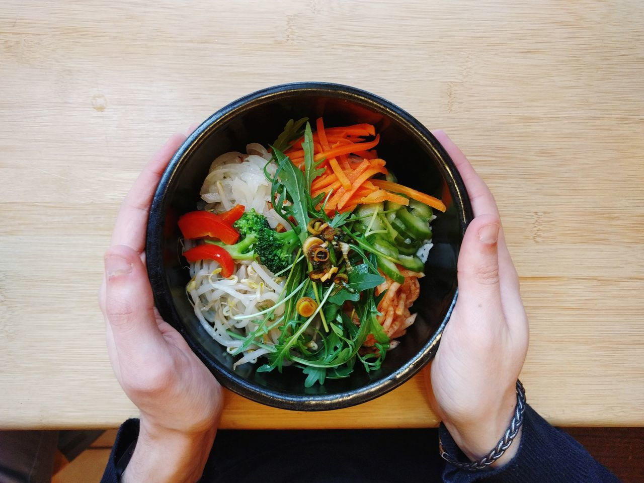 Human Hand Human Body Part Arugula Salad Vegetable Food One Person Healthy Eating Healthy Lifestyle Adults Only Vegetarian Food Ready-to-eat Only Women Close-up Freshness People Adult Indoors  Day Salad Healthy Food Korean Food