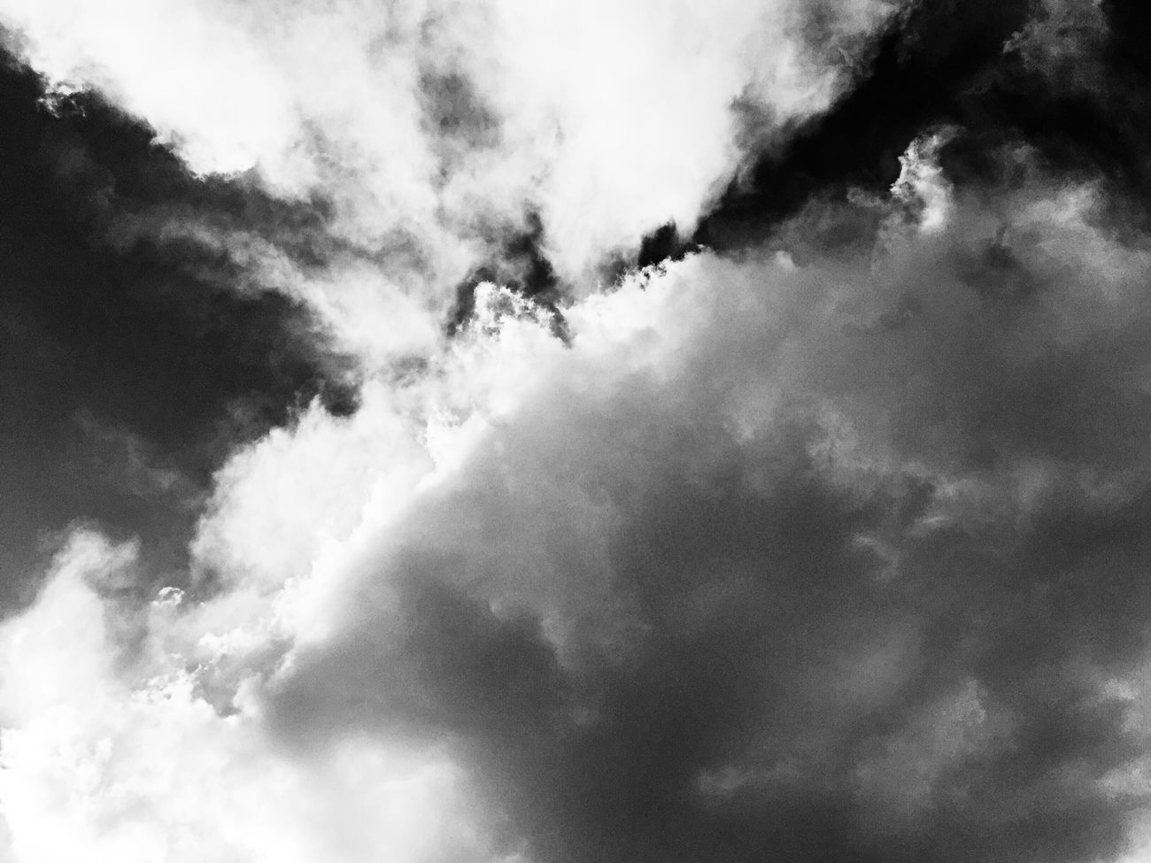 http://youtu.be/XgJFqVvb2Ws Texas Skies EyeEm Music Lover My Cloud Obsession☁️ Eye4photography  Mood And Music We Own The Light Tadaa Community EyeEm Bnw_collection Monochrome Fortheloveofblackandwhite Darkness And Light Interpretive