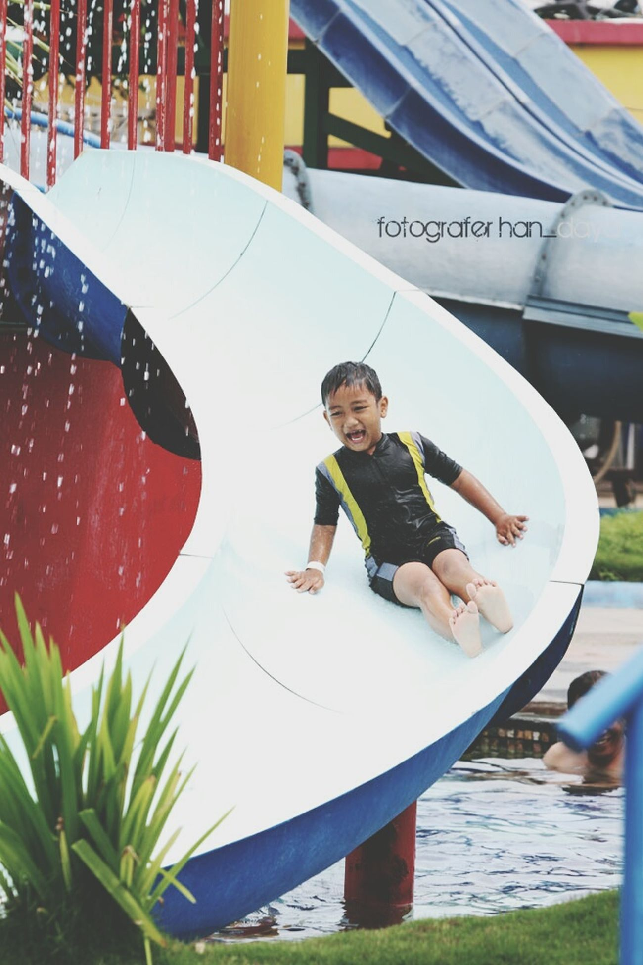 Funny Comel Waterboom Enjoying Life Hunting Photo Kids Have Fun HaveFun