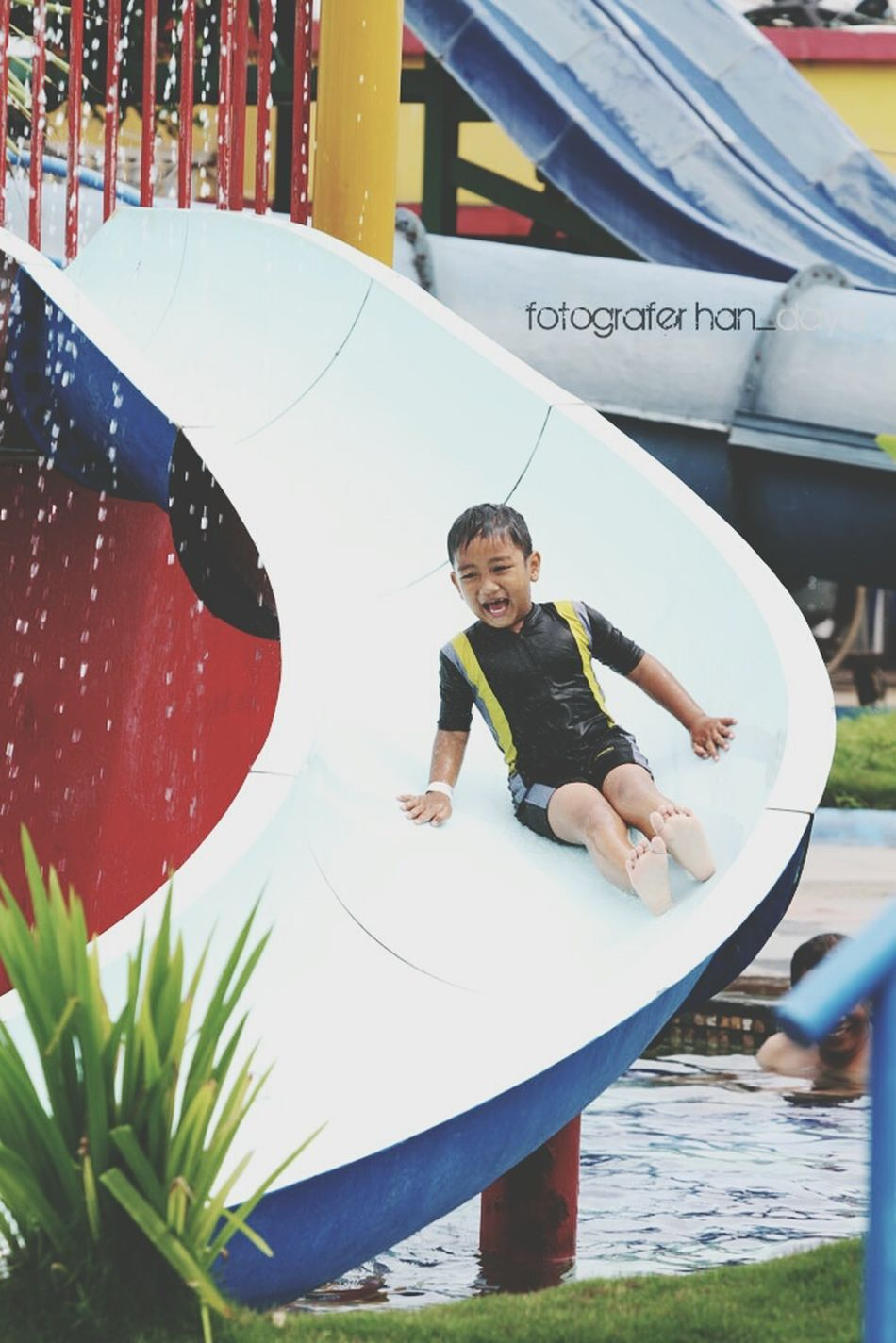 Funny Comel Waterboom Enjoying Life Hunting Photo Kids Have Fun HaveFun