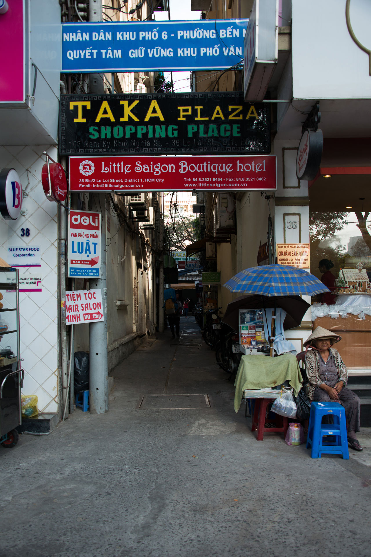 Alley Alleyezonmayphotography ASIA Asian Culture Saigon, Vietnam Streetphotography Vietnam