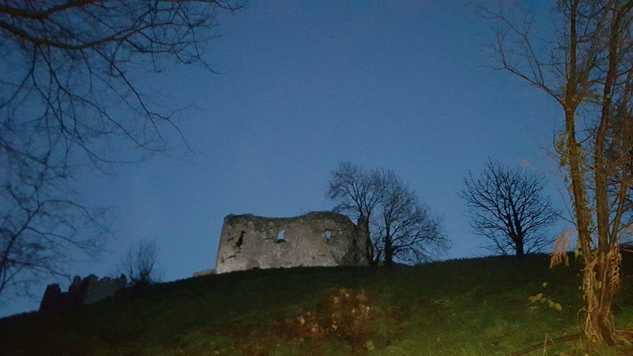 Llansteffan Castle Evening Walking The Dog Walk Dusk Beach Walk Welsh Castle Carmarthenshire PhonePhotography