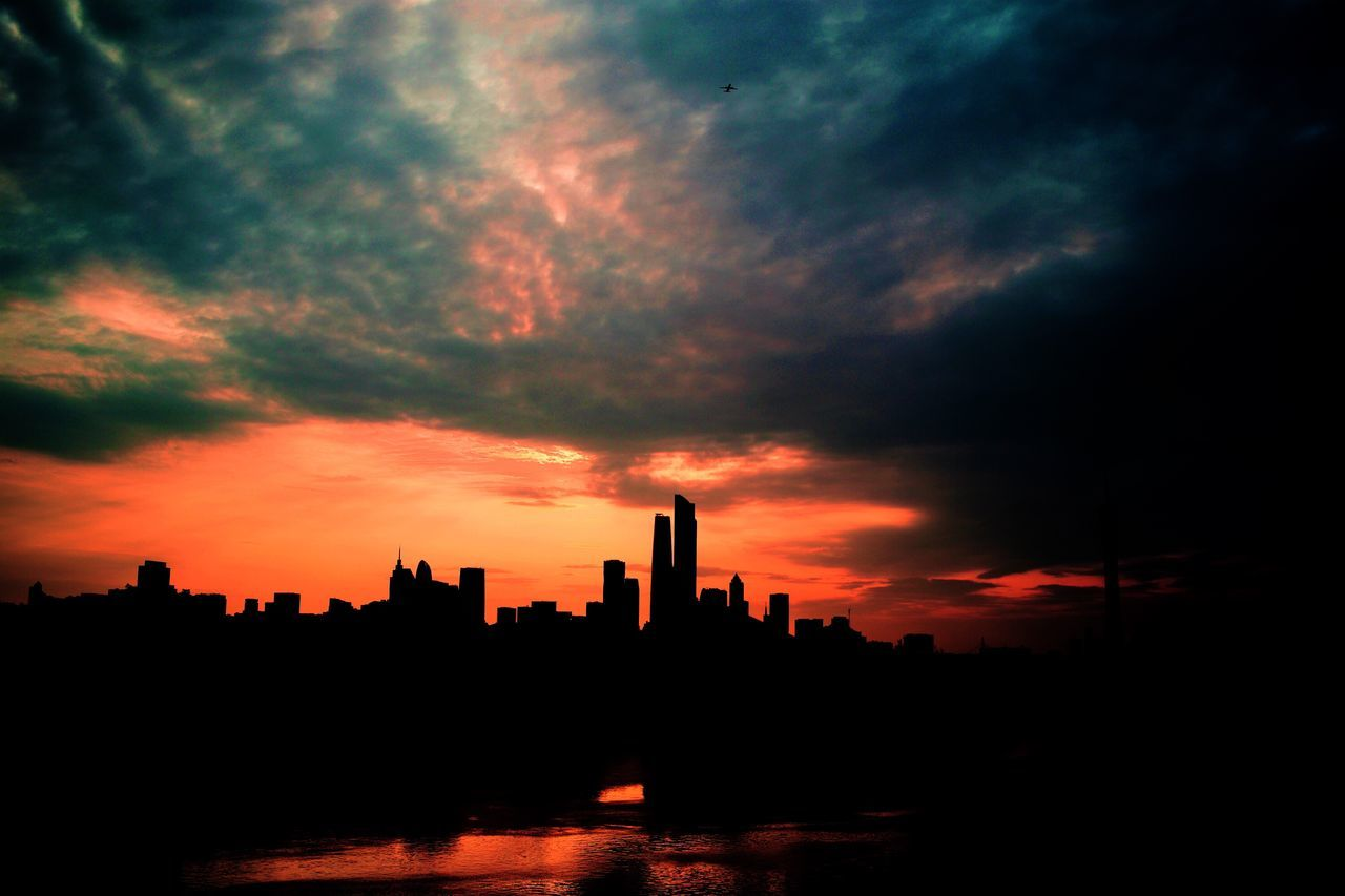 Sunset Architecture Cloud - Sky Sky Silhouette Built Structure Building Exterior Skyscraper No People Travel Destinations Urban Skyline City Cityscape Nature Outdoors Beauty In Nature Day