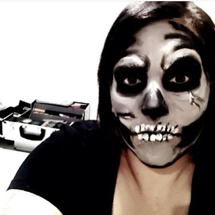 That's Me Hi! Hello World Stagemakeup Theatriclemakeup Makeup Makeup ♥ Makeupartist Makeuptransformation Happy Halloween! Halloween Horrors Halloween Halloween EyeEm Skull Skulls Skull Face Skullhead Skullmakeup