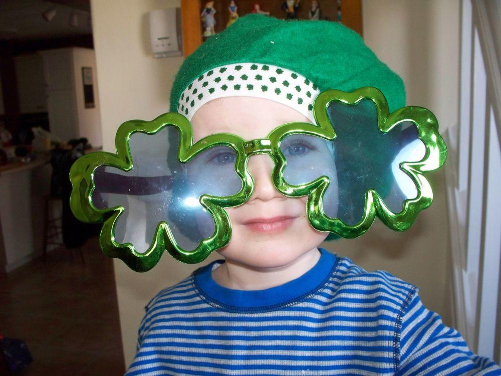 Irish St. Patrick's Day Funny Glasses Kids Family Time Irish Funny Funny Faces Funny Moments Bigglasses Funny Glasses 😝😝 Funny Glasses Childhood Memories Luckoftheirish The Portraitist - 2017 EyeEm Awards