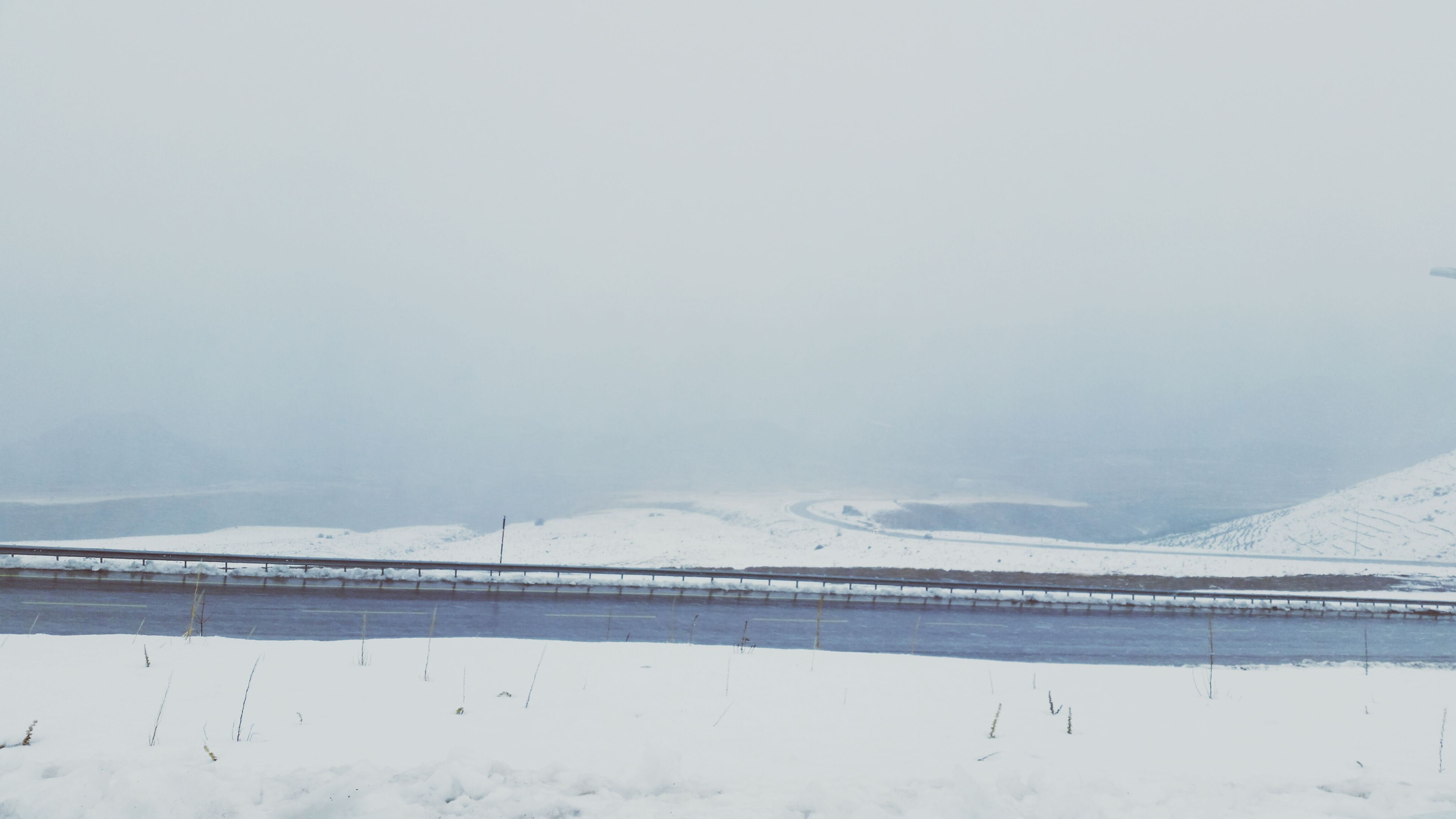 snow, winter, cold temperature, season, weather, covering, copy space, tranquil scene, landscape, tranquility, frozen, scenics, white color, nature, beauty in nature, clear sky, mountain, snow covered, covered, field