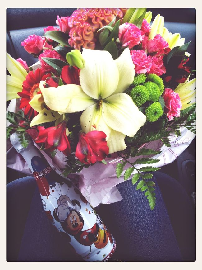 Celebration! Beautiful Bouquet Mickey Mouse Shampagne Shouldn't Miss! :)