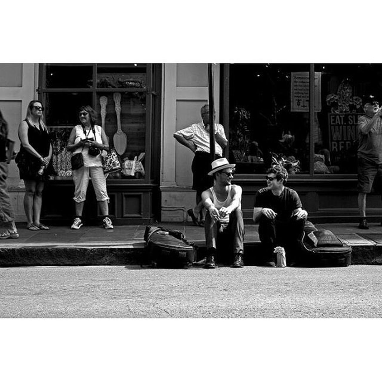 Musicians listen to Musicians Neworleans NOLA Thisisneworleans Louisiana frenchquarter music streetportrait streetphotography blackandwhite bnw monochrome 35mm canon travel photooftheday