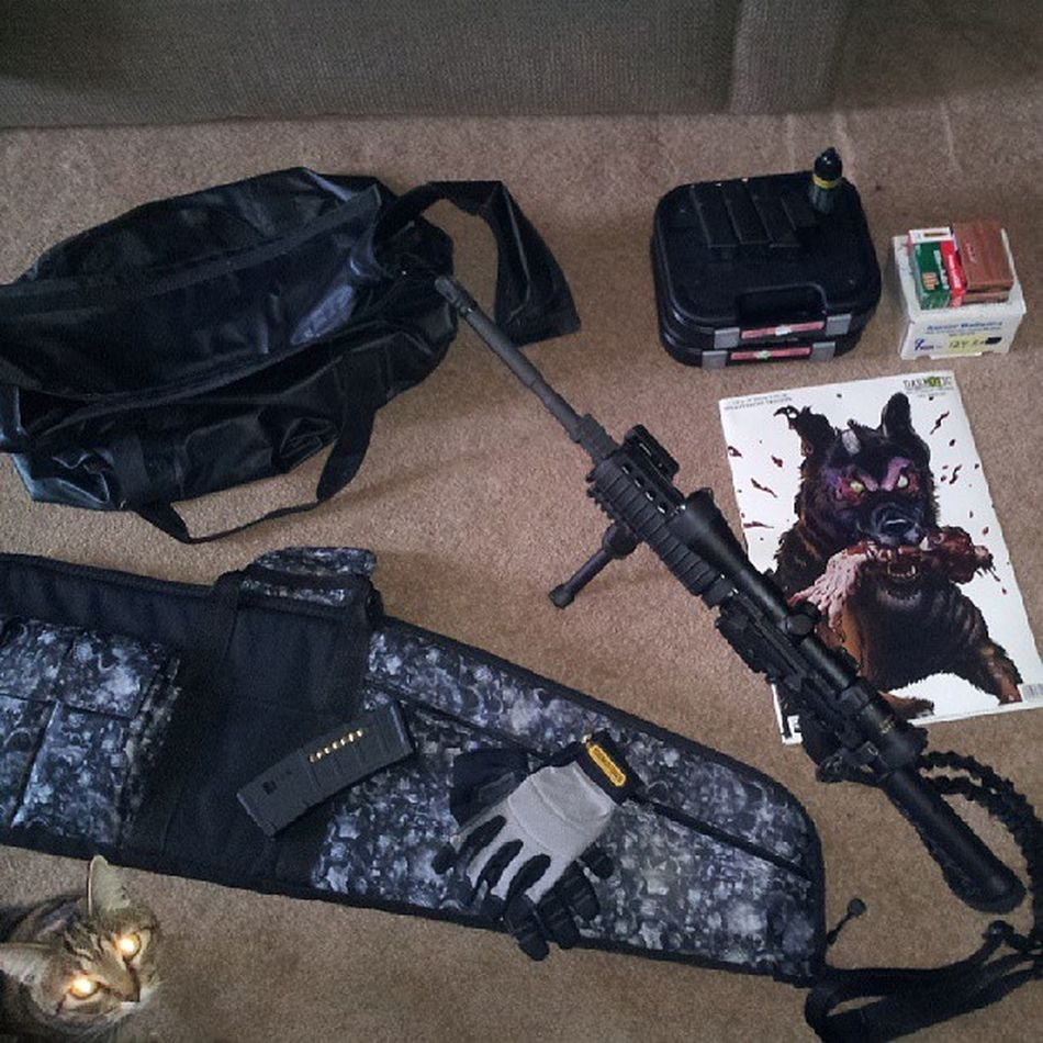Getting ready to go to CapitalForrest and take my daughter out to shoot the Ar15 and Glock17Gen4 for the ForTheFirstTime ....:)