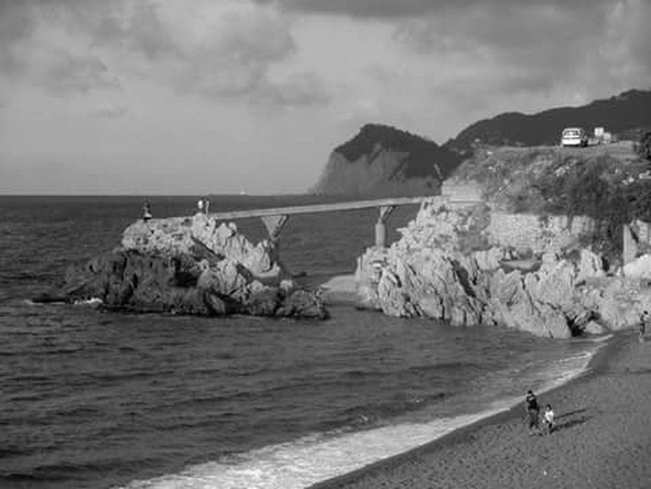 Zonguldak Kapuz Black And White Black Sea♥
