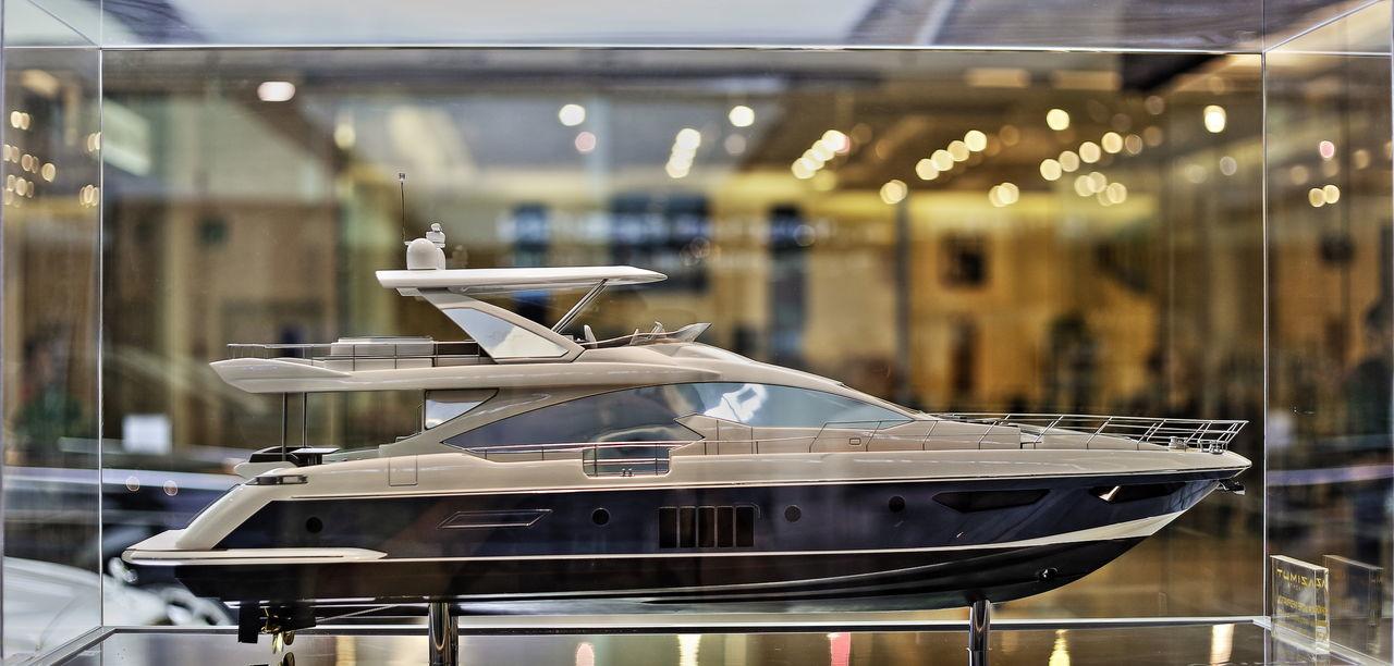 Luxury yatch miniature Luxury Luxury Life Luxury Living Boat Yacht Yachtlife Miniature Display Expensive Lifestyle Travel Voyage Sea