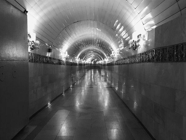 метрополитен. Ташкент.