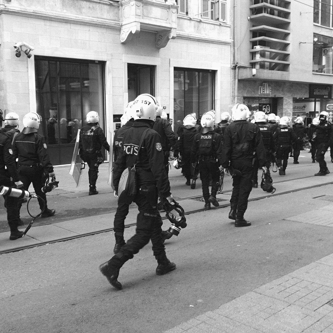 Police News Demonstration Istanbul Istanbul Turkey Turkey Taksim Riot Newspaper Men