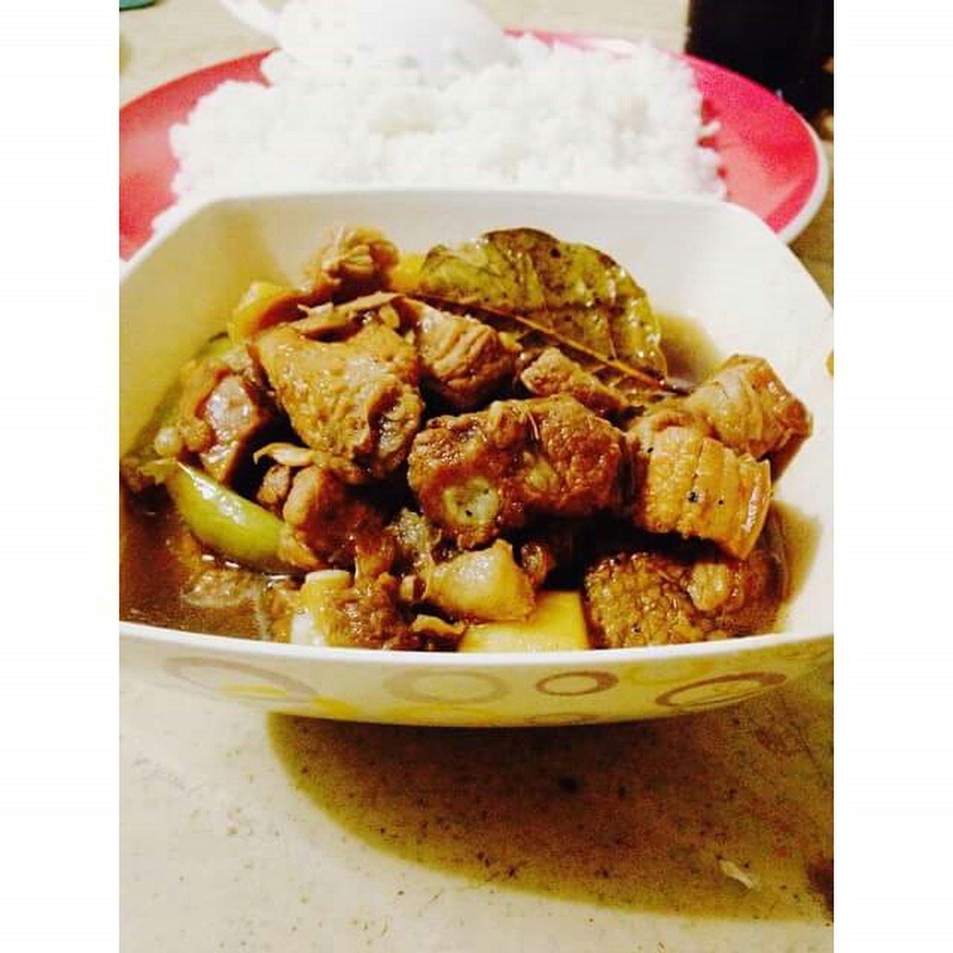 Mealtime Filipinofood Favorite Adoboforlunch