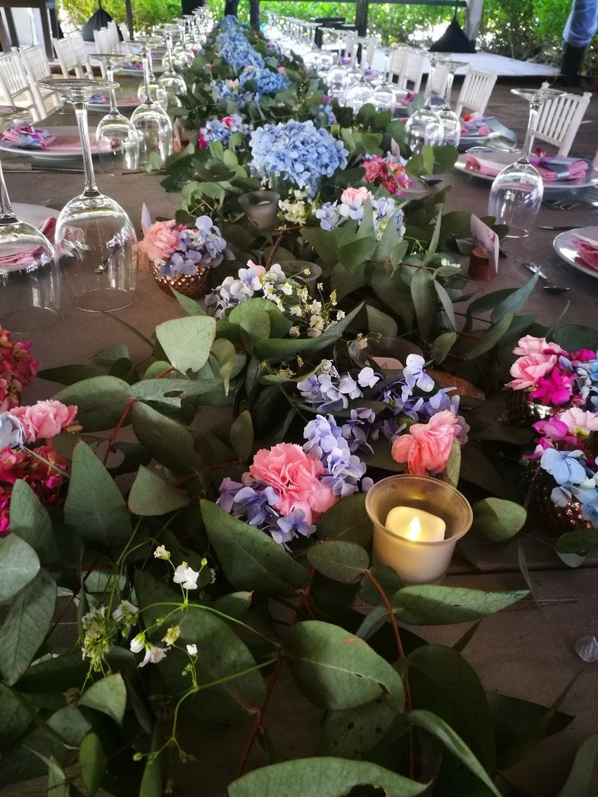 Flower Variation Retail  Day Outdoors No People Multi Colored Plant Fragility Gift Bouquet Nature Freshness Close-up Beauty In Nature Flower Head Wedding Reception Welcome Table Wedding Decoration Floral Arrangemet Centerpiece Beach Wedding