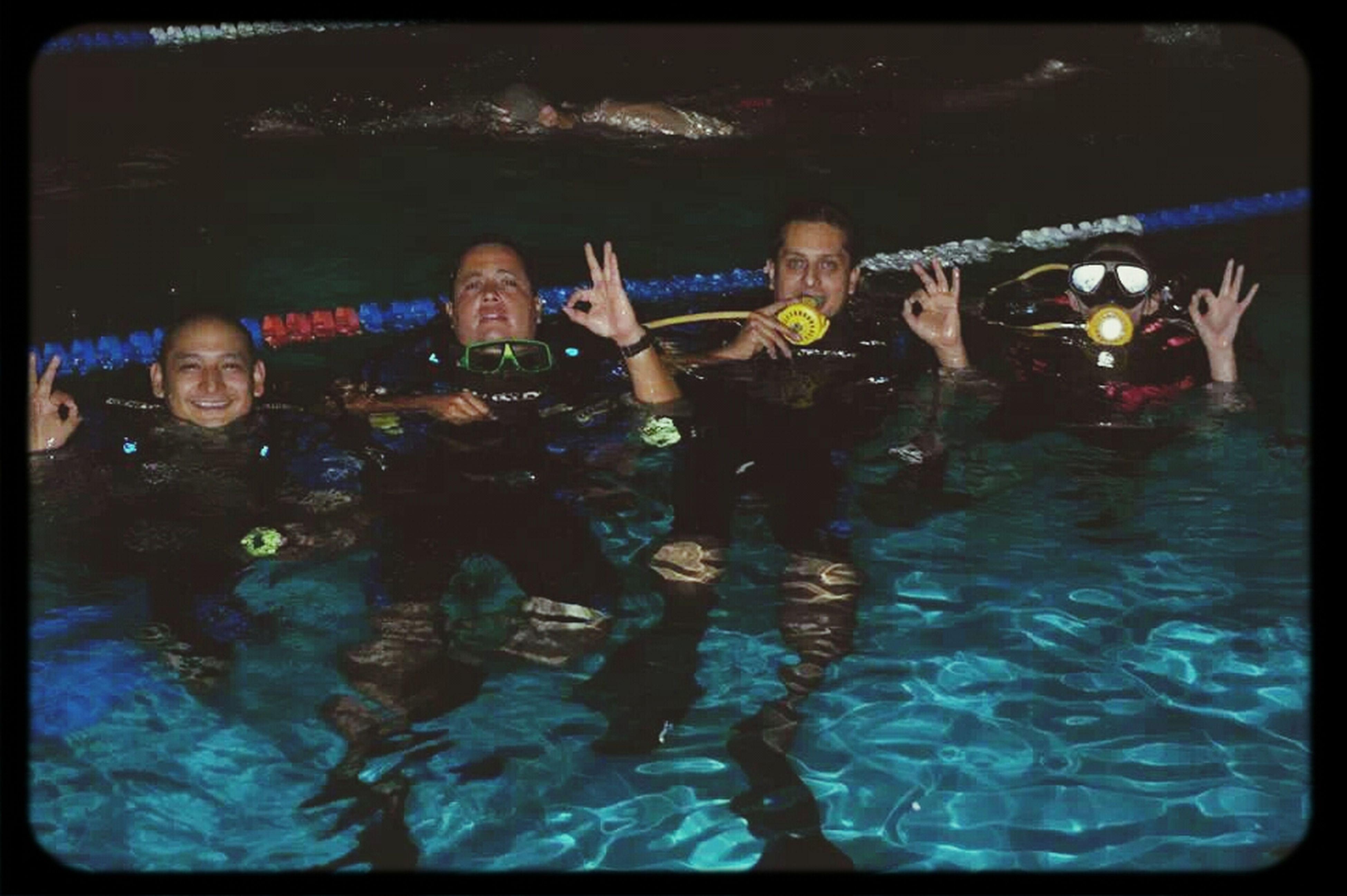 al agua patos!!! Swimming