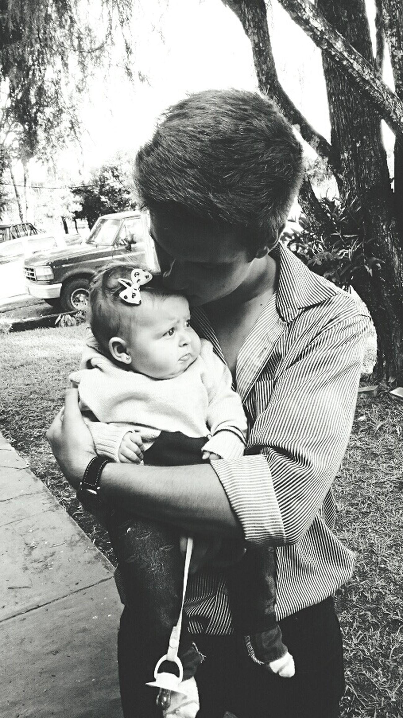 Cousin Taking Care Loveyou♥ Bestoftheday Eye Em Best Shots Baby Photography Alejandra
