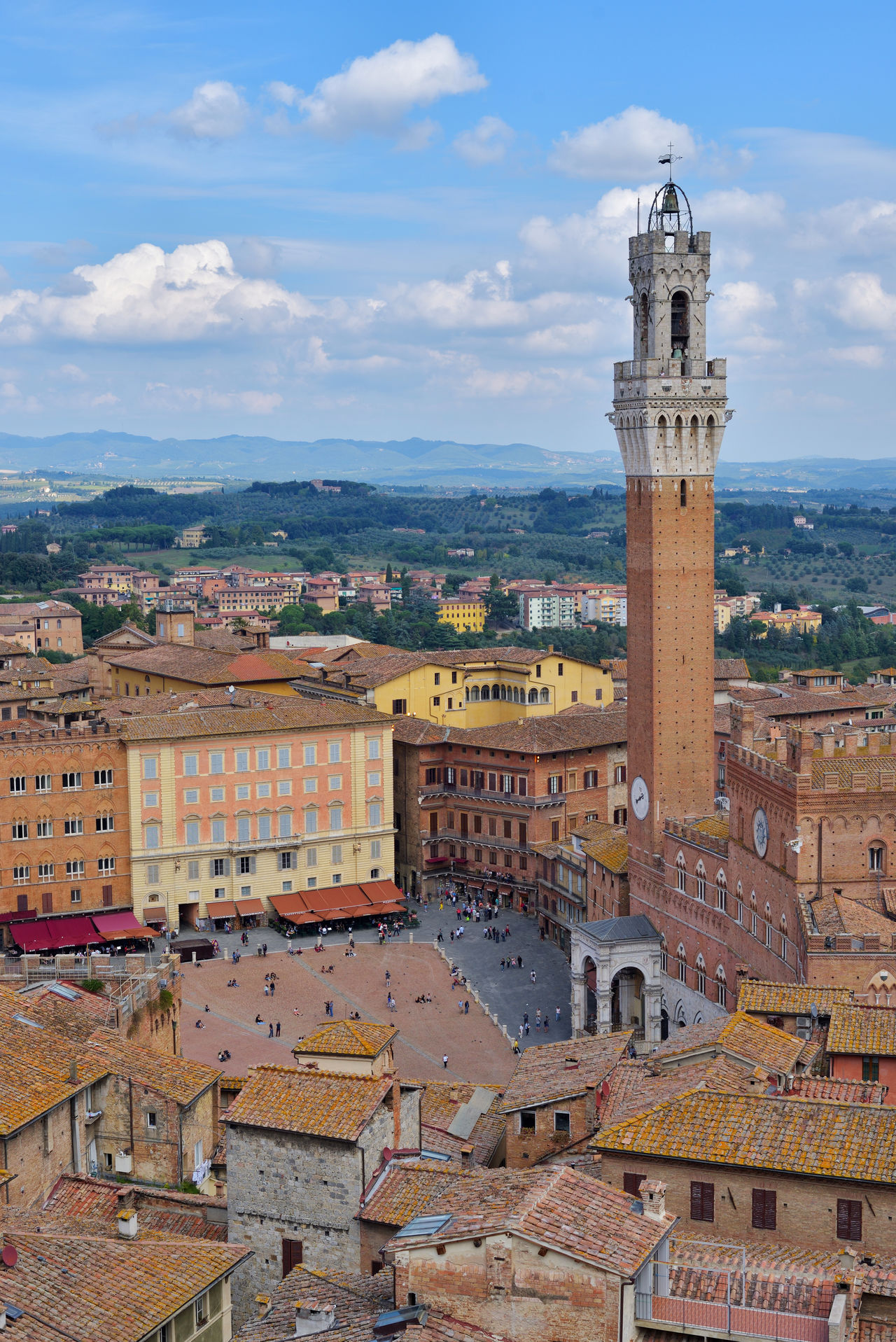 Piazza del campo, tuscan old city center of Siena, Italy Architecture Building Exterior Built Structure City City Cityscape Clock Tower Cloud Cloud - Sky Crowded High Angle View Italy Old Town Piazza Del Campo Residential District Residential Structure Roof Siena Sky Tall - High Tower Town Travel Destinations Tuscany Malephotographerofthemonth