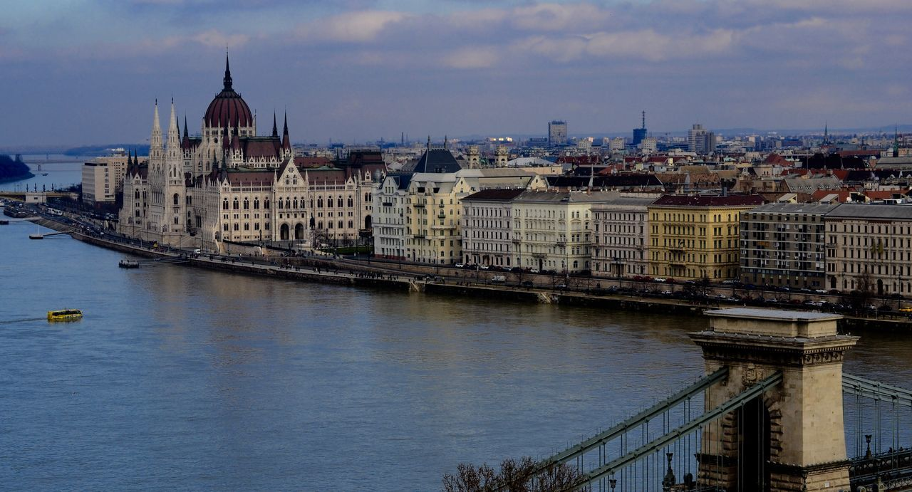 Architecture Budapest Building Exterior Built Structure Capital Cities  Chainbridge City City Life Cityscape Crowded Culture Famous Place February 2016 High Angle View Human Settlement Hungary International Landmark Outdoors Residential District Residential Structure River Tonava Water Waterfront
