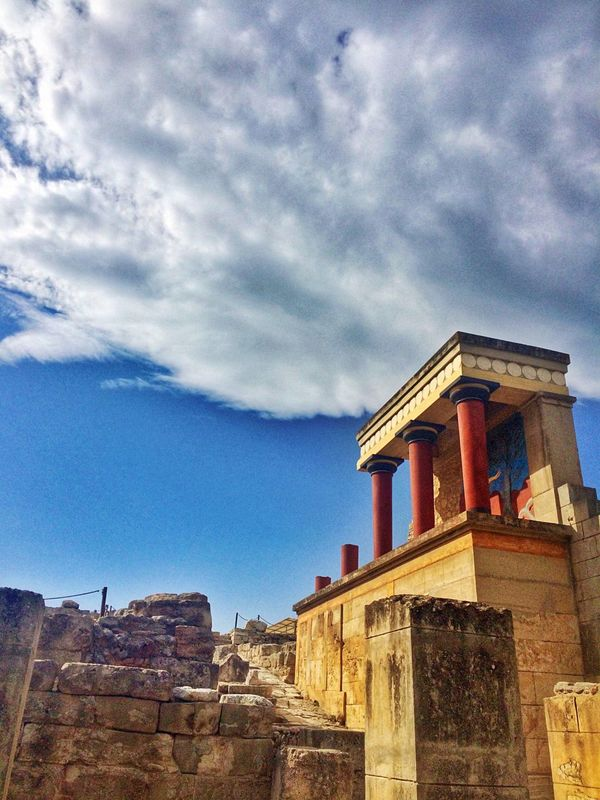 The Architect - 2016 EyeEm Awards VisitGreece Found On The Roll Ancient Architecture Crete Greece Knossos Palace Knossos Ancient Architecture Getting Inspired