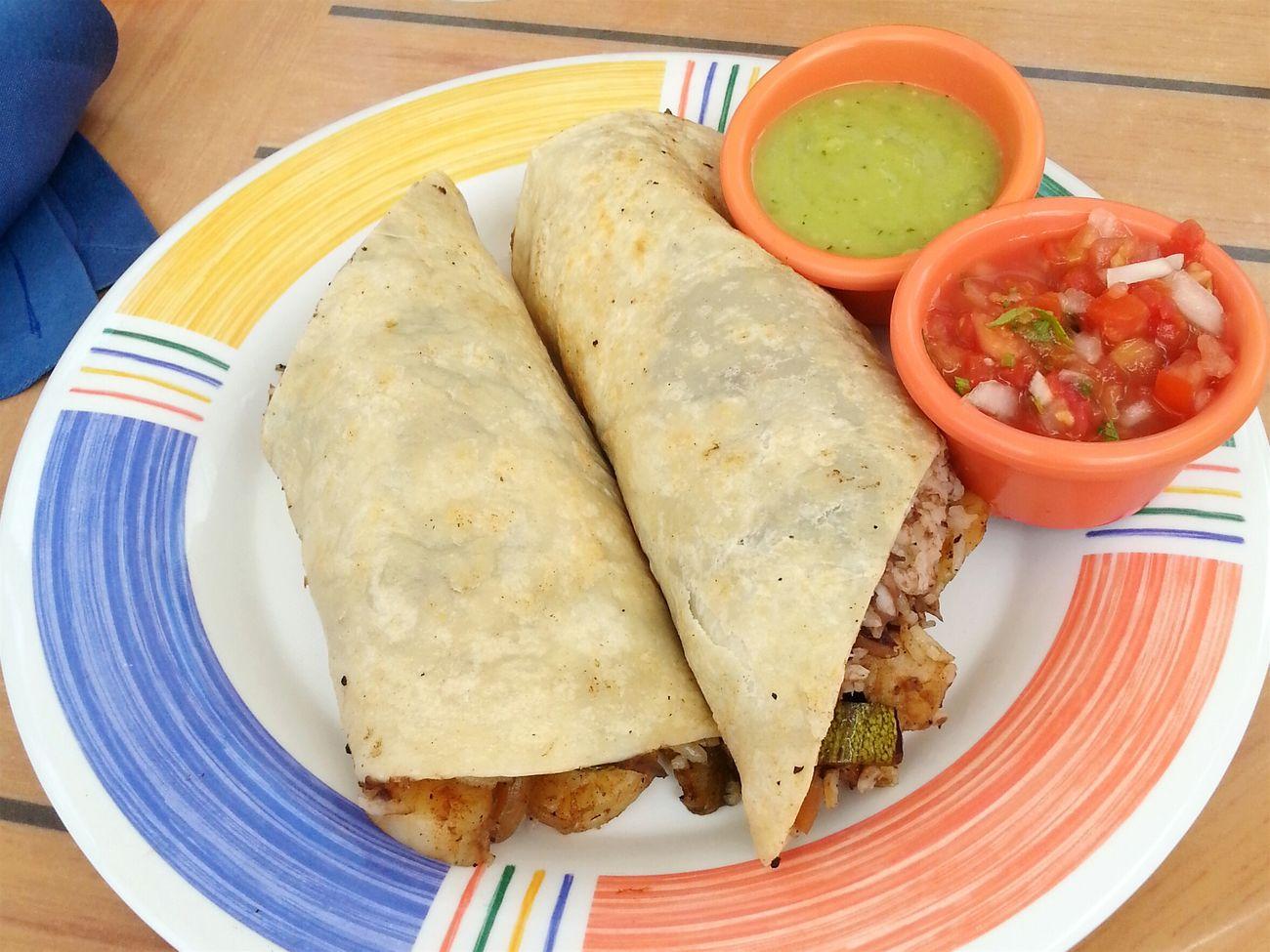 Travel Cancun☀ Mexico Food Guacamole PicoDeGallo Shrimpwrap