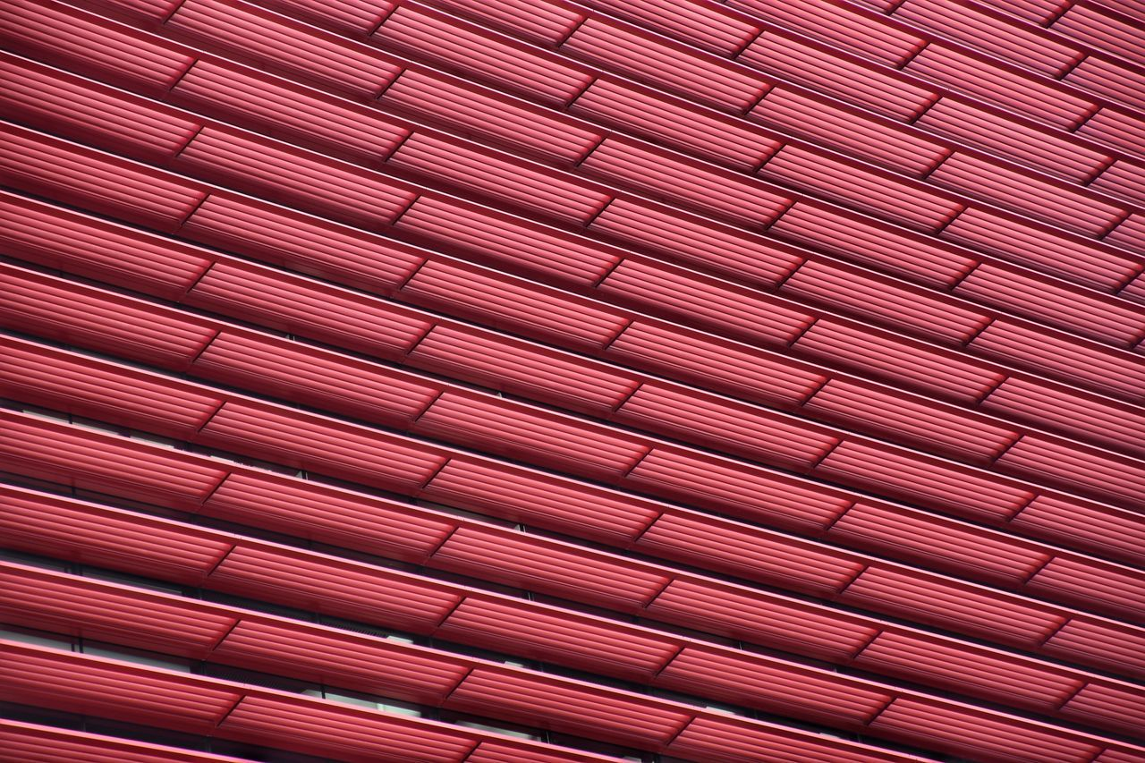 backgrounds, pattern, full frame, red, architecture, textured, no people, roof, indoors, day, tiled roof