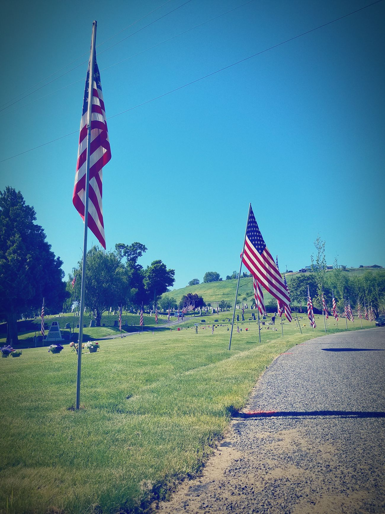 Memories on Memorial Day American Flag Memorial Day Veterans Gravestones In Rememberance Outdoors❤ Loved Ones ❤