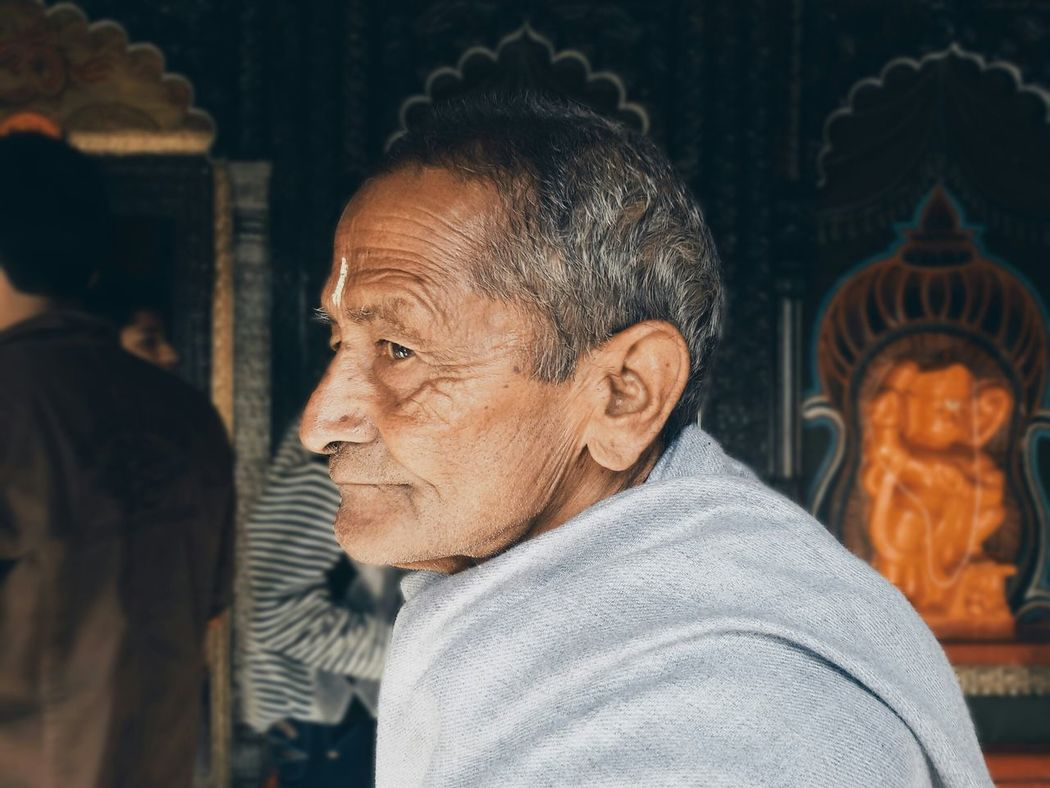 Follow RePicture Giving Portrait Vscocam EyeEm Peoplephotography Temple Priest