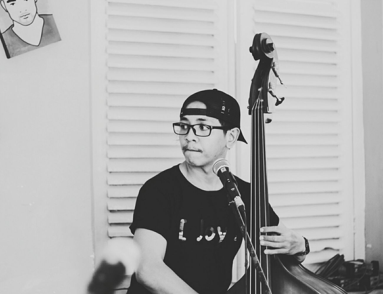 Taking Photos That's Me Musicphotography Blackandwhite Photography LiveMusic Monochrome Endorsement Joylabsclothing Self Portrait