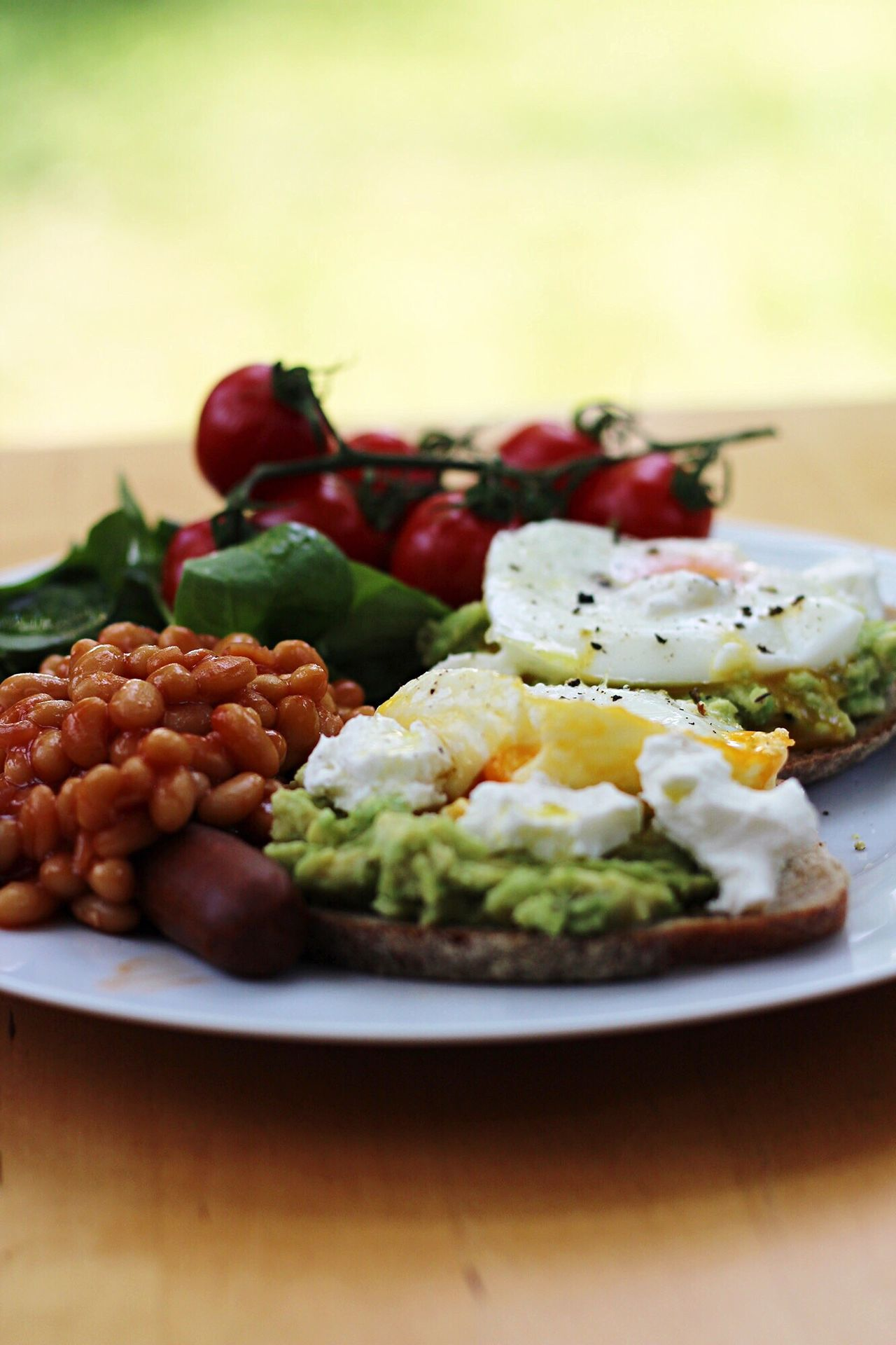 Food And Drink Food Plate Ready-to-eat Freshness Healthy Eating Serving Size Close-up Table No People Indoors  Focus On Foreground Poached Eggs  English Breakfast Baked Beans Veggie Brunch Brunch Vegetarian Avocado Avocado Toast