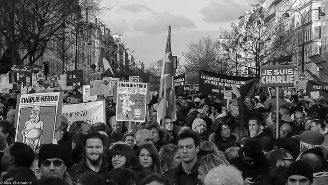 Attentat Attentat Paris Charlie Charliehebdo City Life Cultures Large Group Of People Manifestation Manifestation Contre Le Terrorisme Paris Real People Jesuischarlie