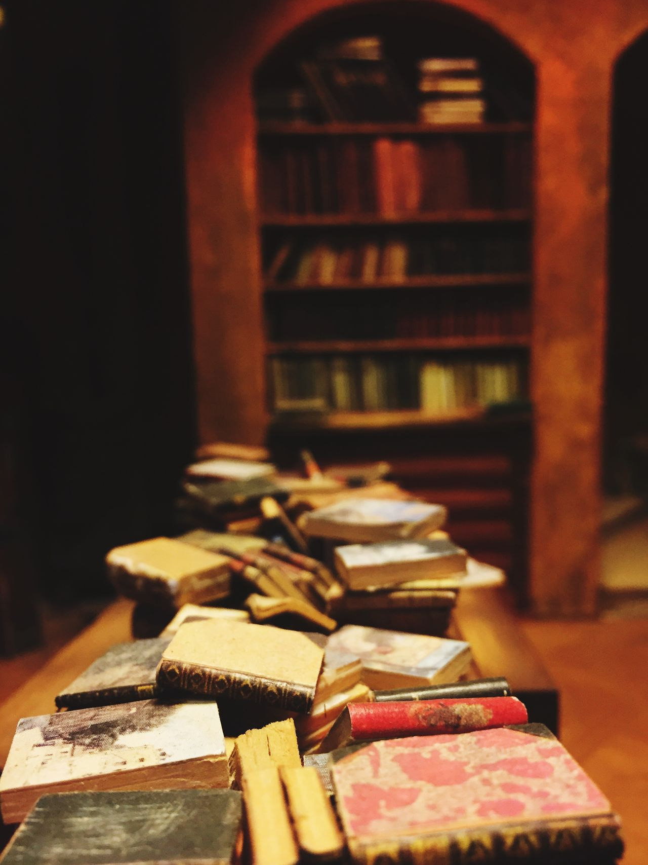 Book Booking A Room Books ♥ Bookstagram Booklover Book Collections Bookphoto BookLovers Book Of Dreams... Bookcase Book